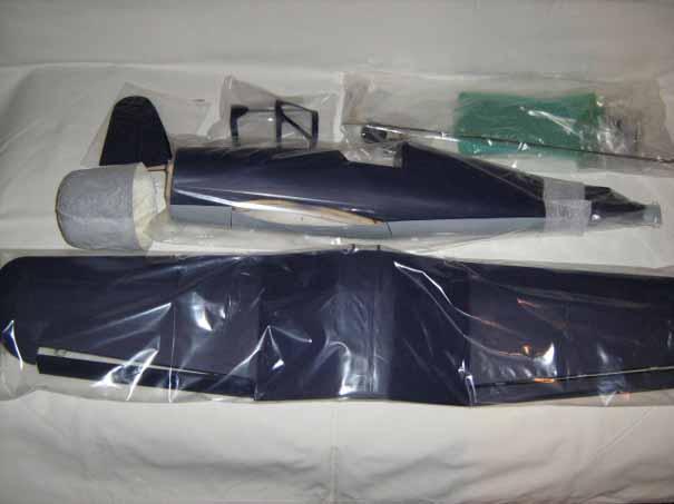 Kit Balsa F4U Corsair coaja avion