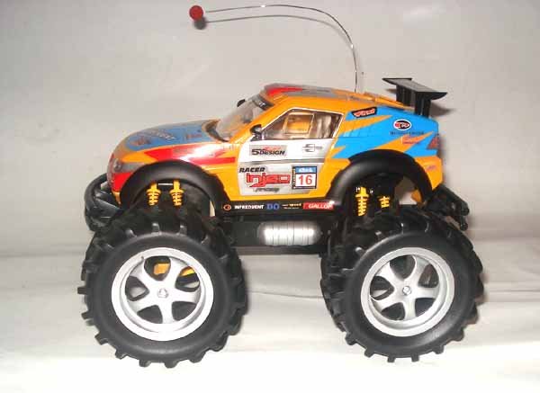 MONSTER TRUCK CROSS COUNTRY 1:18 RTR